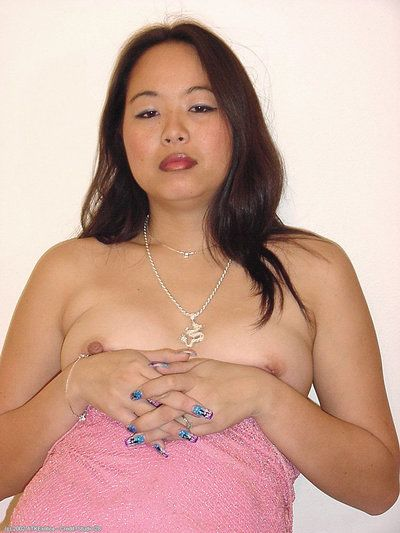 Oriental amateur China loosing tiny tits from dress before baring beaver