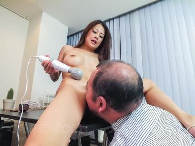 Job applicant Satomi Suzuki gets a few stimulating tests with vibrator in the office