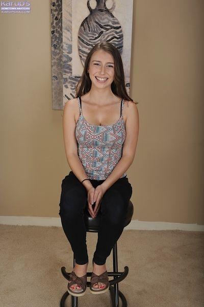 Teen inexpert Paprikah McAdams fondling will not hear of large unpretentious boobs