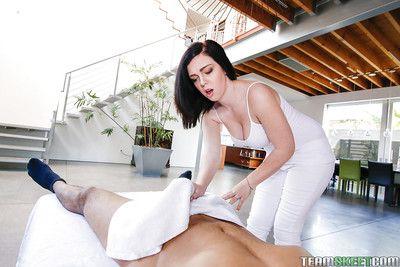 Busty amateur Maryjane Putting away jerking majuscule horseshit before vaginal screwing