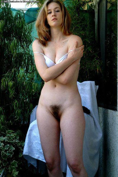 firstclass 破坏 阿什莉 表示 永久性的 乳头 一起 与 传播 广泛 在 的 光束 有刺激性